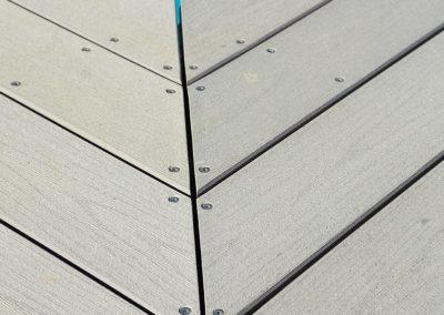 Terrasse bois composite- détail pose angle