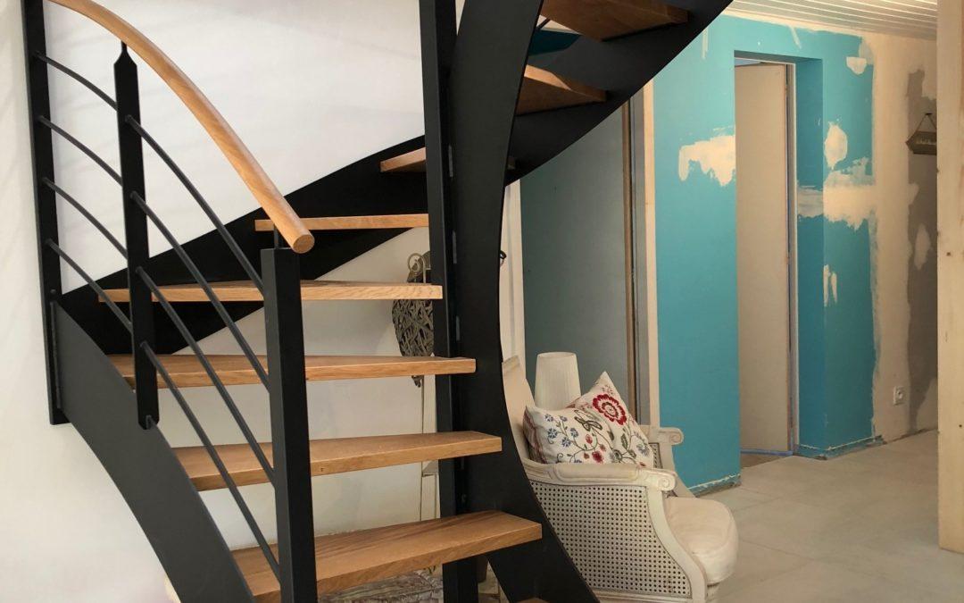 Réalisation d'un escalier bois et métal