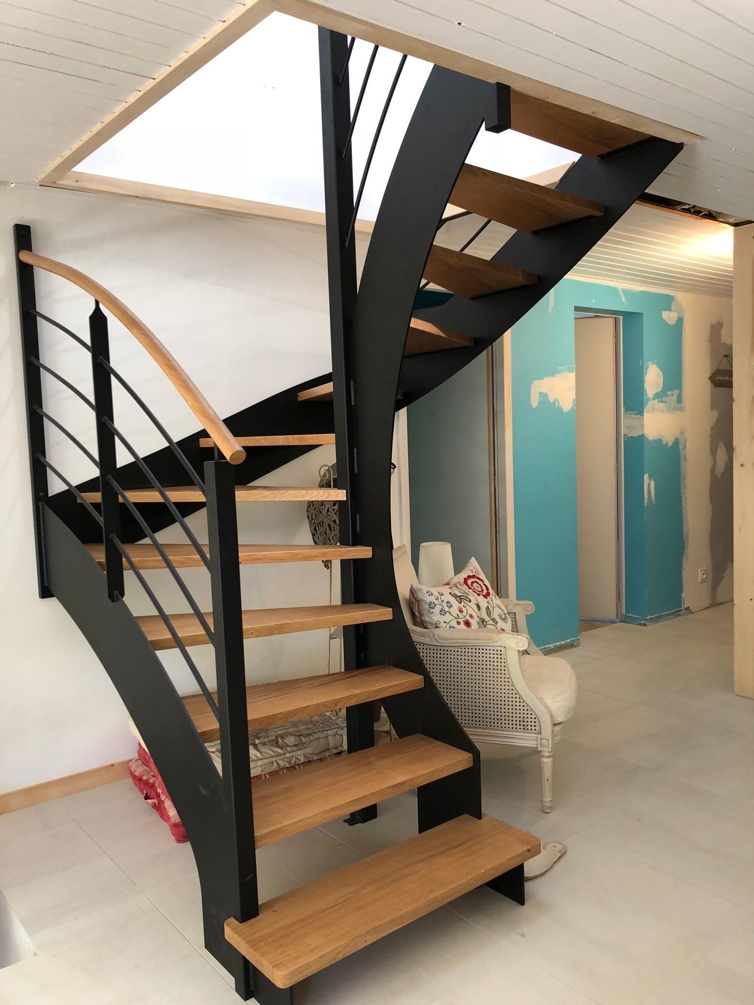 Escalier Bois Metal Noir réalisation et pose d'un escalier aux sables d'olonne