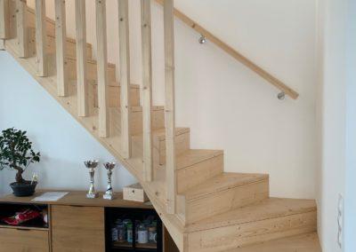 Escalier sur-mesure bois naturel
