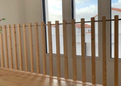 Garde-corps intérieur en bois
