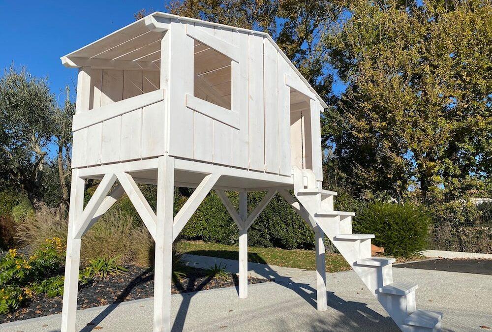 réalisation d' une cabane pour enfant en bois sapin